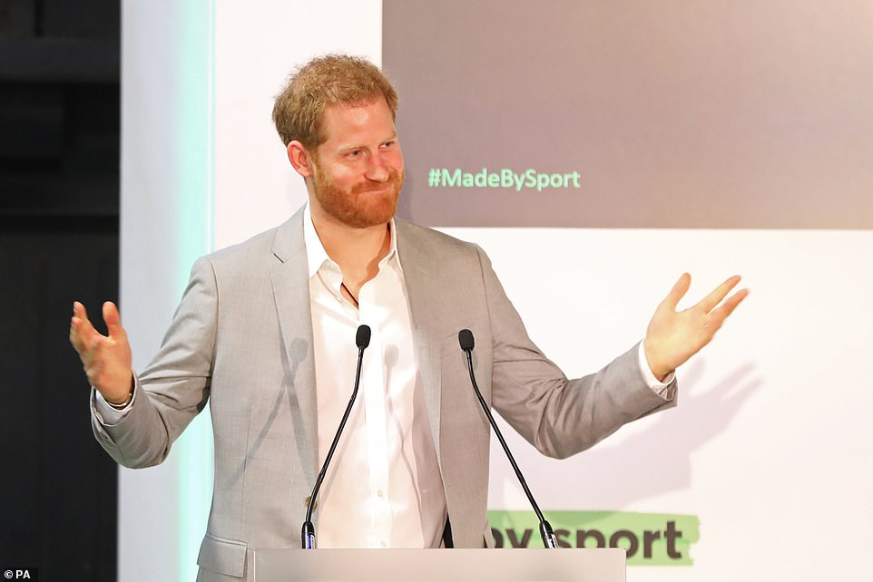 What a champ! Oasis Academy South Bank students join Prince Harry in the boxing ring